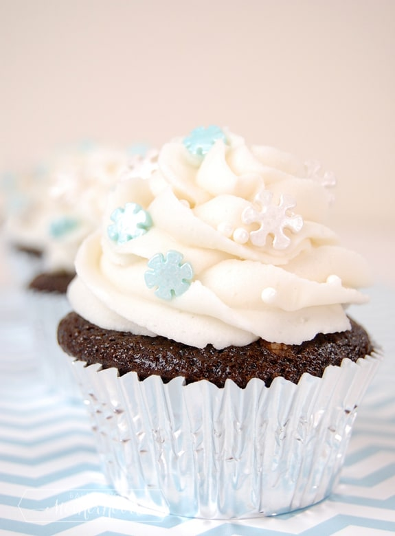 snowflakecupcake_single1