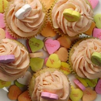 Conversation Heart-Flavored Cupcakes