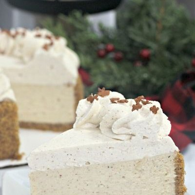 Instant Pot Gingerbread Cheesecake